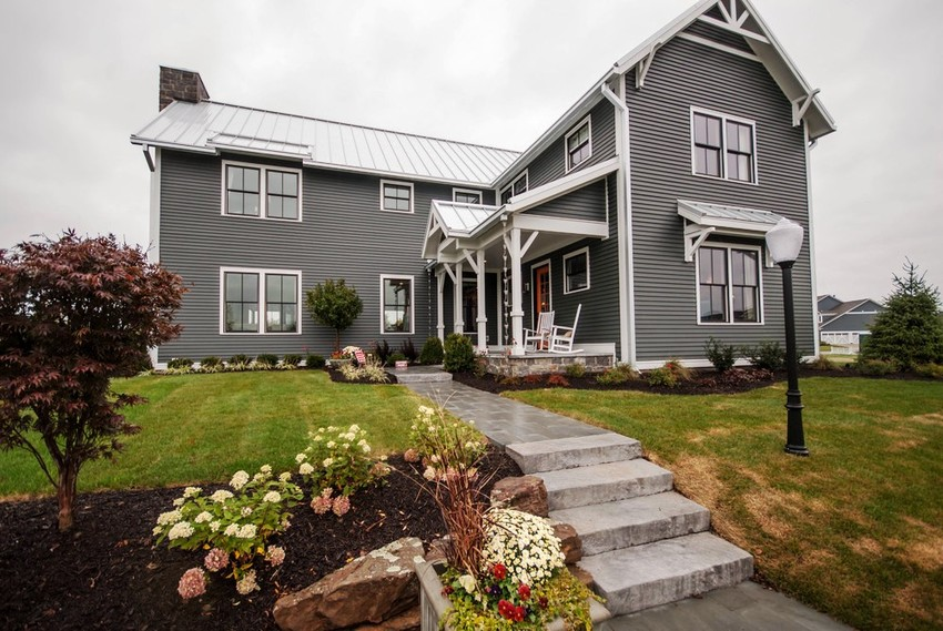 Stylish Gray Meets Crisp White A Siding Color Combo With